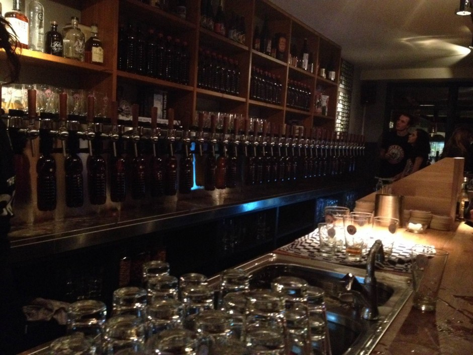 craft draft beer bar Overtoom Amsterdam